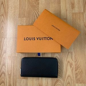 Louis Vuitton Epi Zippy wallet